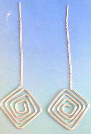 square threader earring with spirals pattern