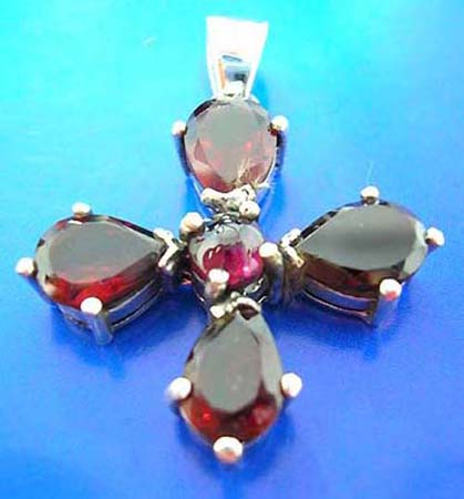 925. sterling silver garnet cross pendant