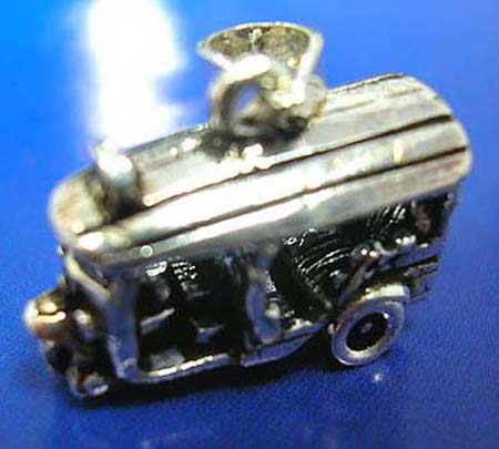 classical 3-wheel car thai silver pendant sterling 925 with movable wheels